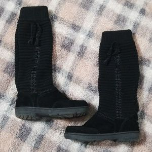 Bearpaw Alyeska Boots